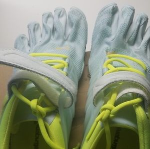 vibram fivefinger shoes